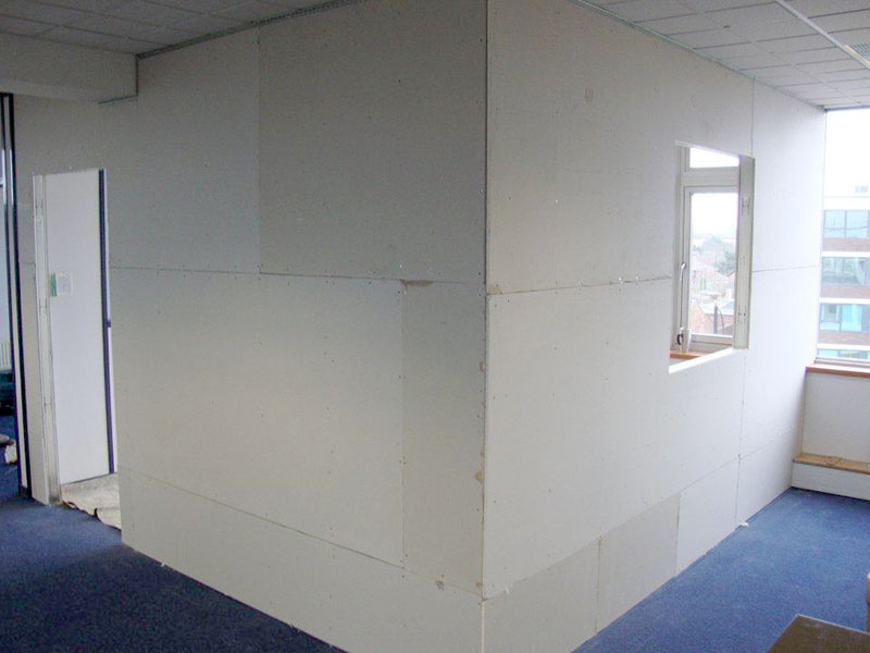 partition wall – plasterboard fitted
